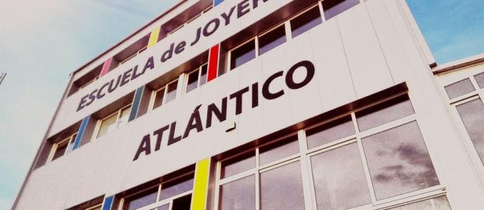 Ciclos Oficiales de Joyería Artística homologados por el Ministerio de Educación del Gobierno de España .www.escuelatlantico.com